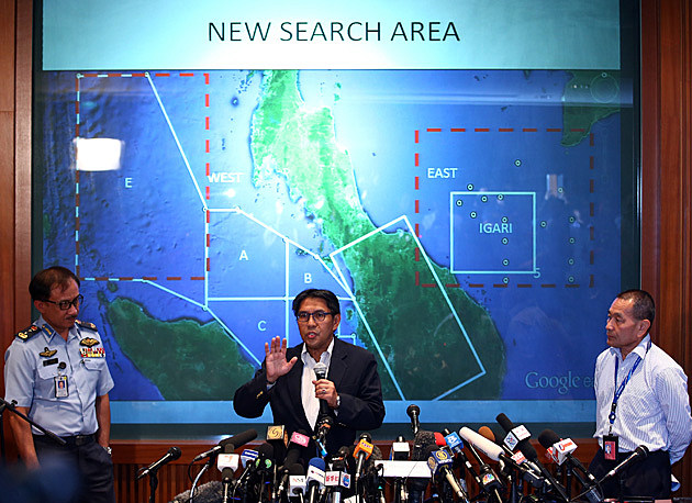 Search Continues For Missing Malaysian Airliner Carrying 239 Passengers