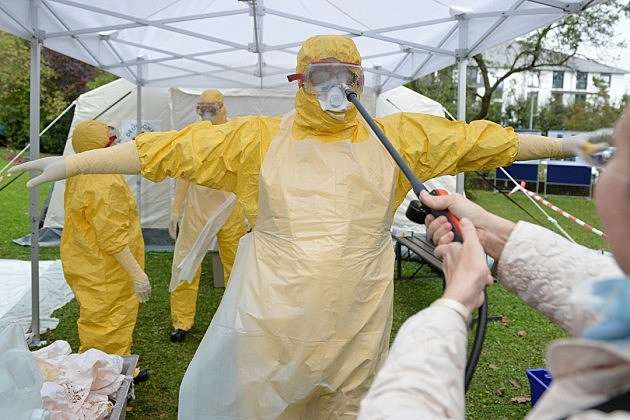 German Red Cross Trains Ebola Volunteers